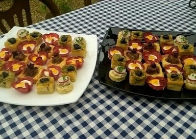 gallery-savoury-canapes-foxes-catering
